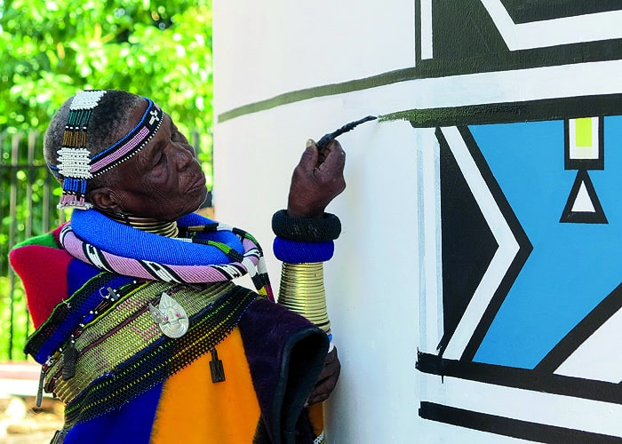 Esther Mahlangu Copyright Fred de Jager 34FineArt