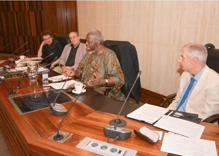 AA Newsletter AfricanisingUniversities1