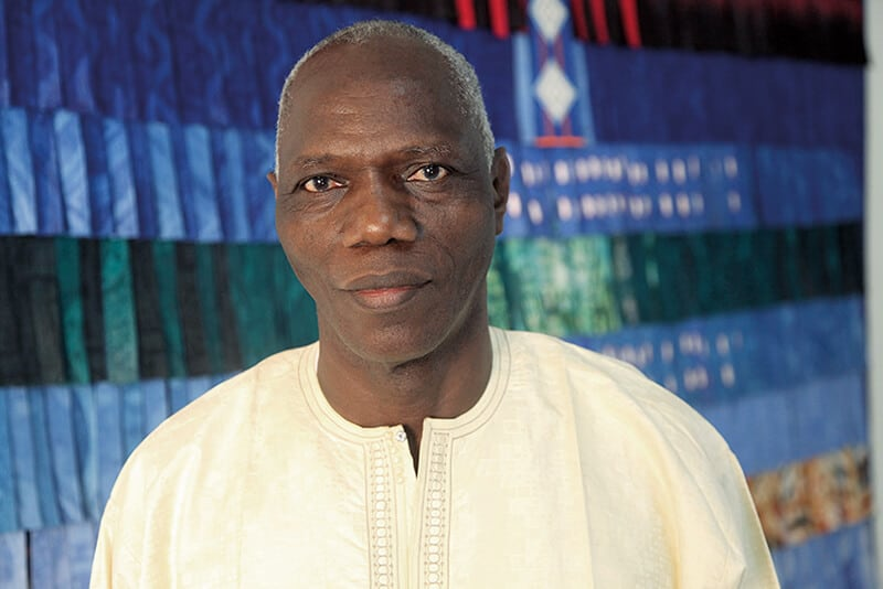 Portrait of Abdoulaye Konate. Photo: © Sébastien Rieussec. Image courtesy of artist & photographer.