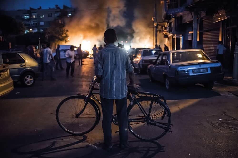 Sergey Ponomarev, Damasco, Síria, 24 de agosto de 2013, da série Assad's Syria. © Sergey Ponomarev, imagem cortesia de IWM.