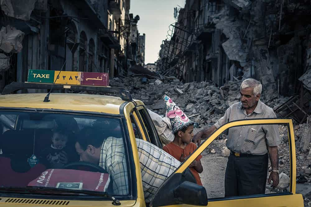 Sergey Ponomarev, Homs, Syria, 15th June 2014, from the series Assad's Syria. © Sergey Ponomarev, image courtesy of IWM.