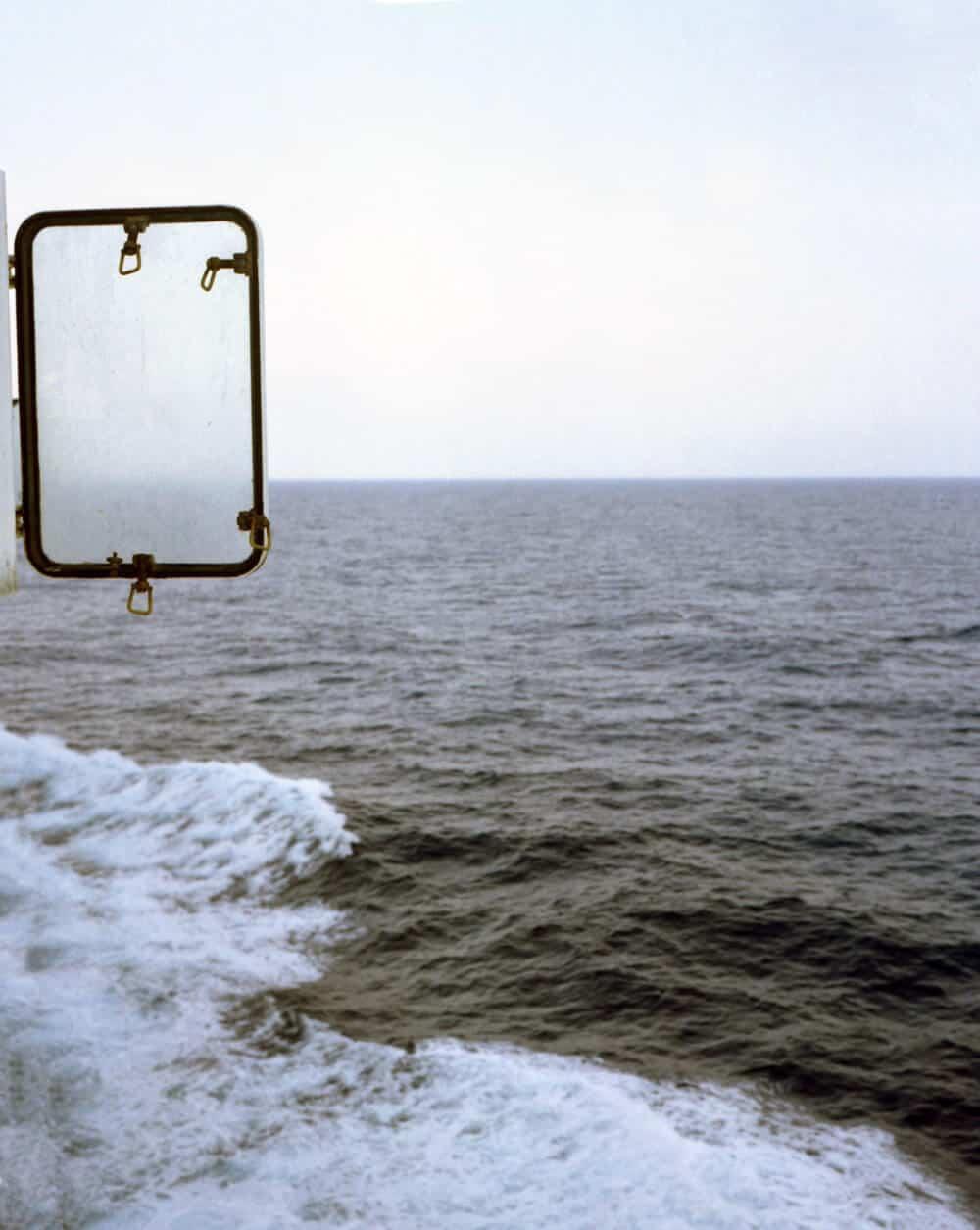 Zineb Sedira, Aus der Serie Sea Path, 2017, C-Prints, mit freundlicher Genehmigung der Plutschow Gallery