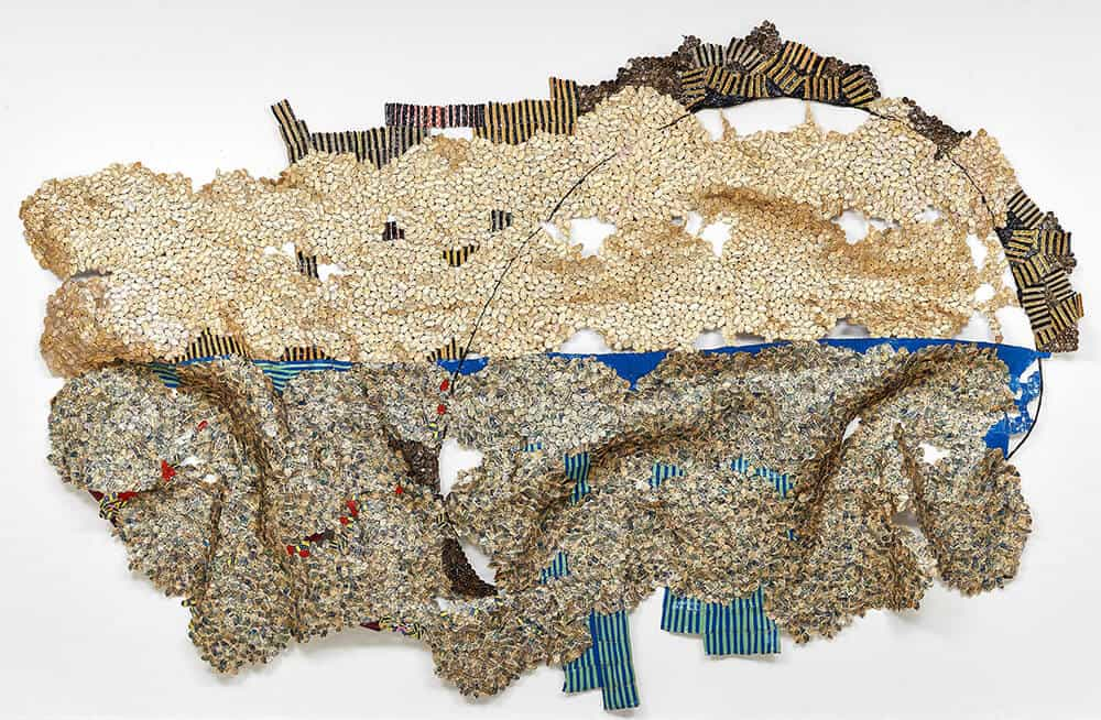 El Anatsui, Horizon, 2016. Bottle caps, 260x460cm. Courtesy of Goodman Gallery.