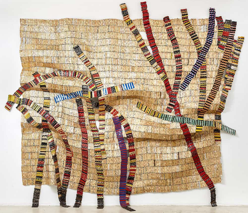 El Anatsui, Resolution, 2016. Bottle caps, 320x336cm. Courtesy of Goodman Gallery.