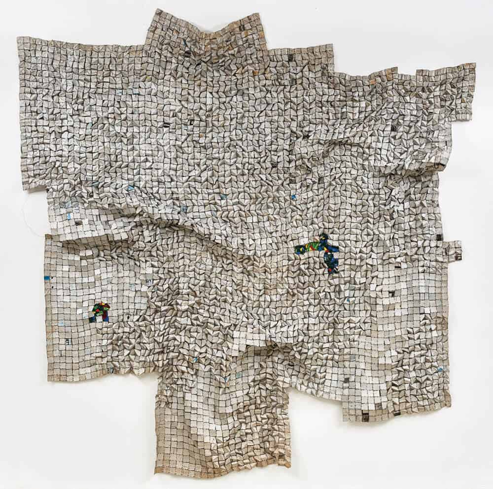 El Anatsui, Oases, 2014-2016. Printing plates, 306 x 292cm. Courtesy of the artist & Goodman Gallery