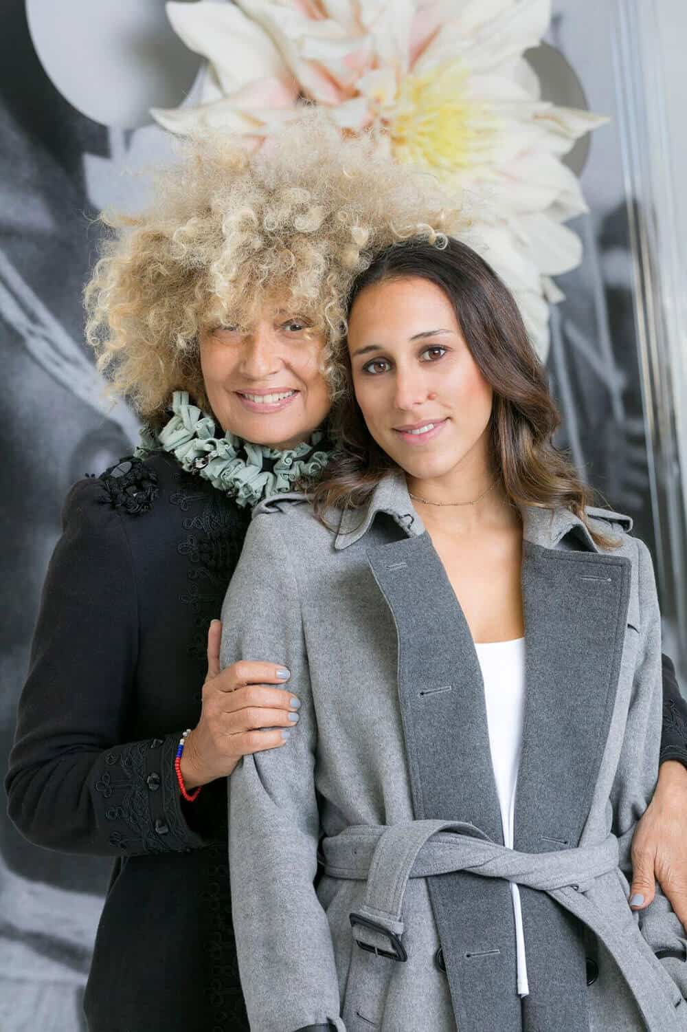 Owanto (left) and Katya Berger (right), 2018. The filiation between mother and daughter, artist and producer. Courtesy of the artist.