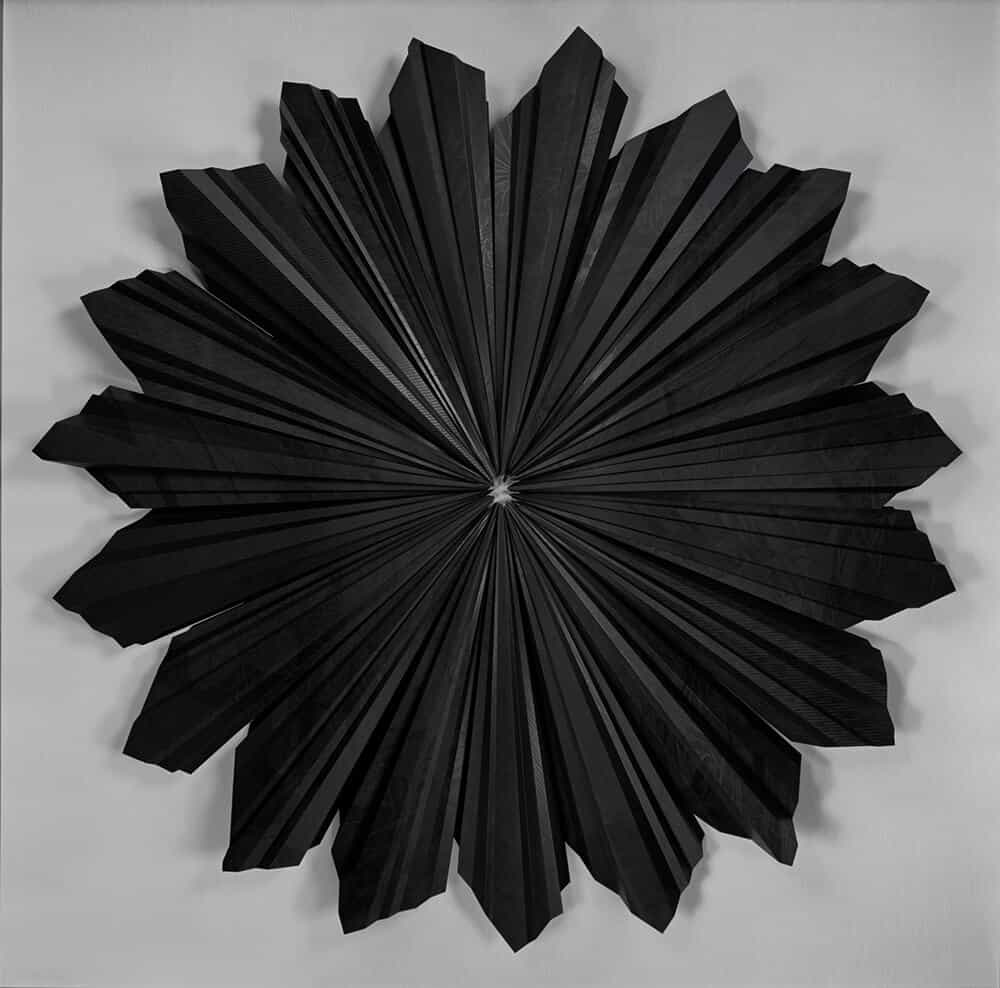Bevan de Wet, Halo, 2017. Linocut on folder paper, 180x180cm. Courtesy of the artist & Berman Contemporary.
