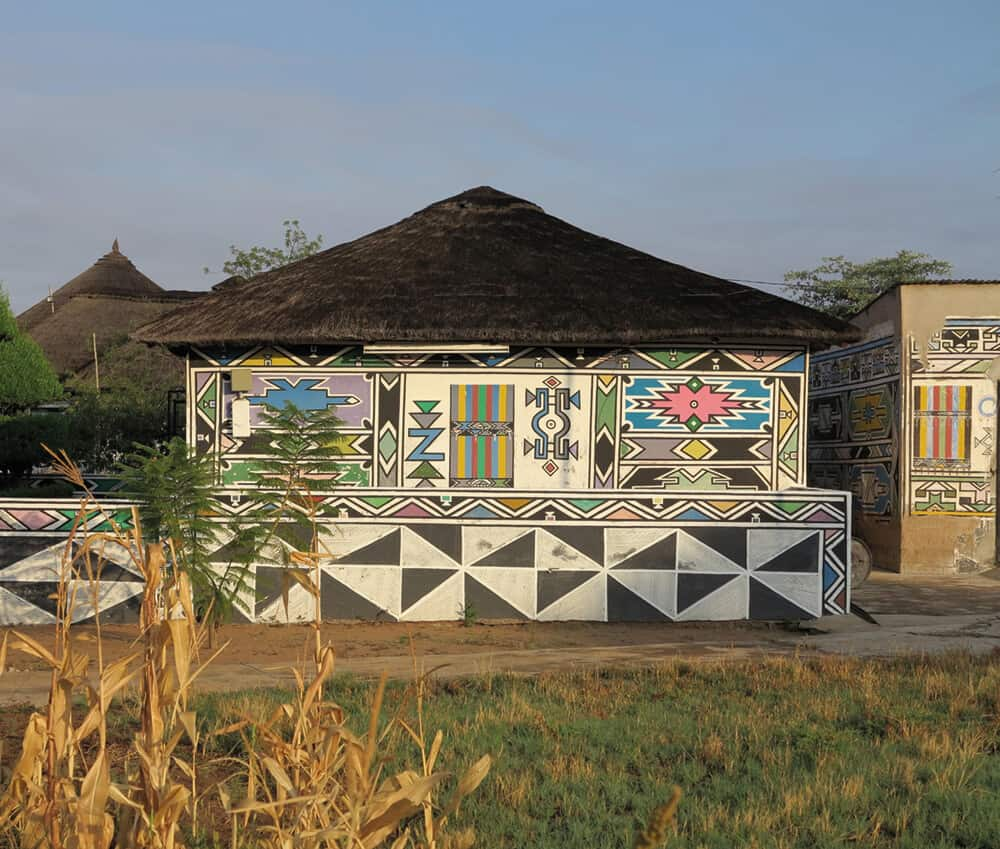 Esther Mahlangu's Home. Photographer: Fred de Jager.