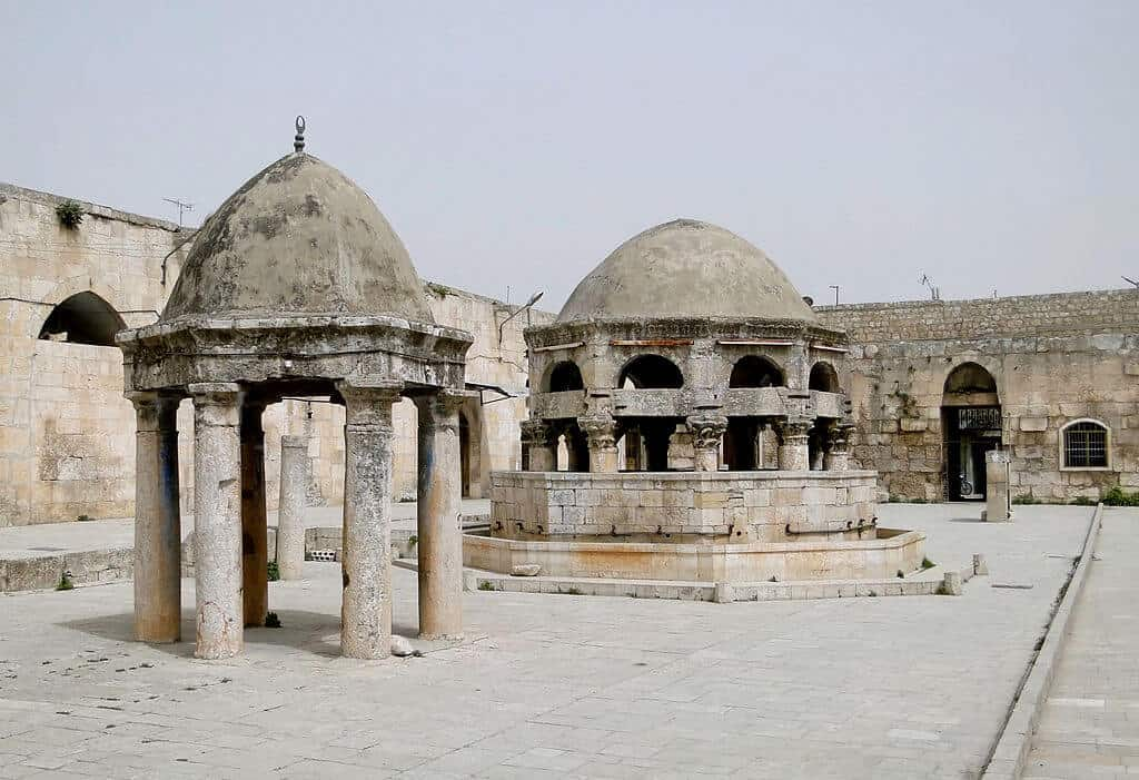 Great Mosque of Maarrat al-Numan, Syria. 2010. Photographer: Bernard Gagnon. Courtesy of Wikimedia Commons.