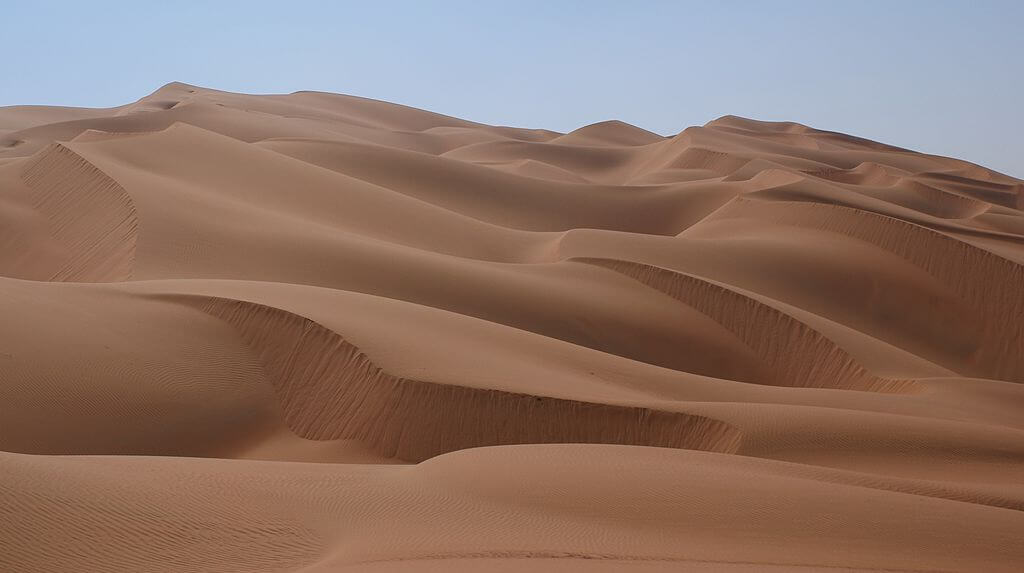 Rub' al Khali or Empty Quarter is the largest sand desert on earth. 12 December 2008. Photographer: Nepenthes. Courtesy of Wikimedia Commons.