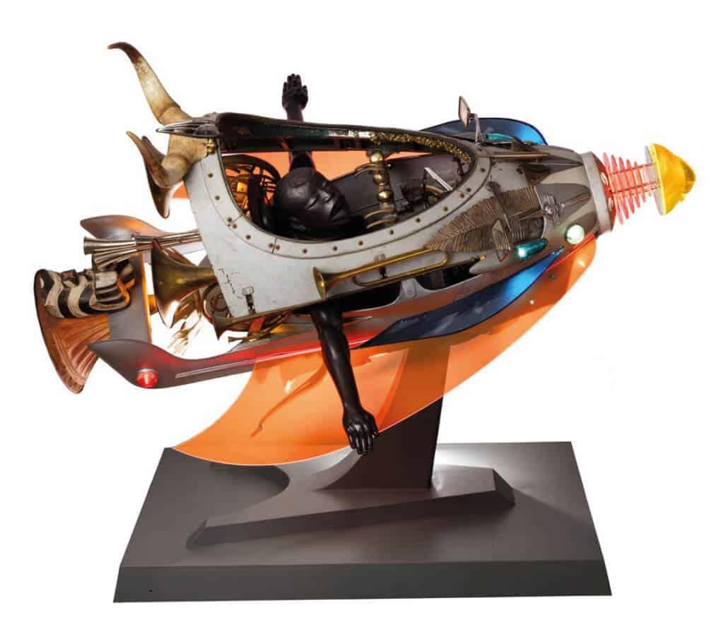 Zak Ové, Skylark, 2017, Paseo de feria vintage, máscaras y maniquí de resina fundida, alas de acrílico, trompetas, 204 x 162 x 240 cm, Cortesía de Lawrie Shabibi y el artista