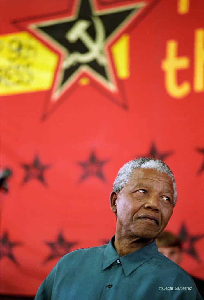 Nelson Mandela bei einer SACP-Konferenz