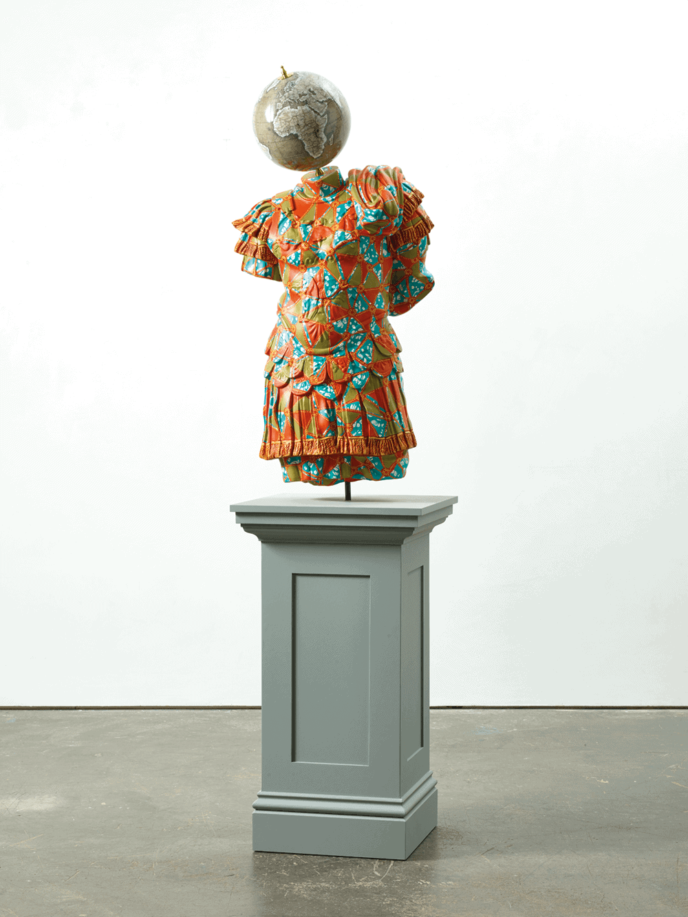 Yinka Shonibare MBE, Julio-Claudian, A Marble Torso of Emperor, 2018. Fibreglass sculpture, hand-painted with Batik pattern, and steelbase plate or plinth. Courtesy of the artist & Goodman Gallery.