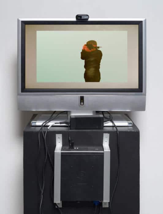 Gewinner des Verdienstpreises: Megan Serfontein (University of Stellenbosch). Ohne Titel. Monitor, Webcam, Personal Computer Programm. 170 x 57 x 62,5 cm.