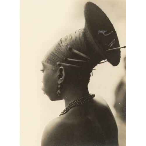 Casimir Zagourski (1883-1944), Coiffe Mangbetu, Congo Belge, Provinces de l'Est Estimate : 2500 / 3500 €