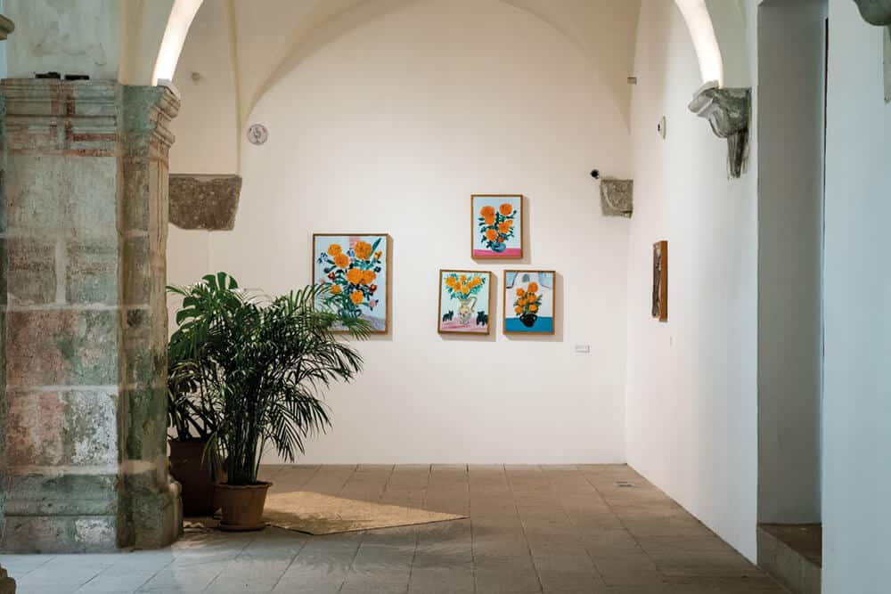 Georgina Gratrix, Marigolds, 2018. Oil on canvas (installation view), produced after a month-long residency at the Centro de las Artes Augustín (CASA). Photographer: Jalil Olmedo.
