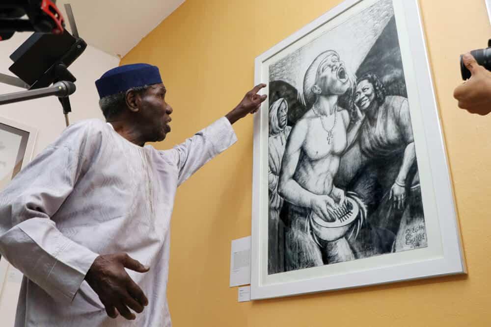 Oseloka Osadebe explaining his work, Ikemefuna.