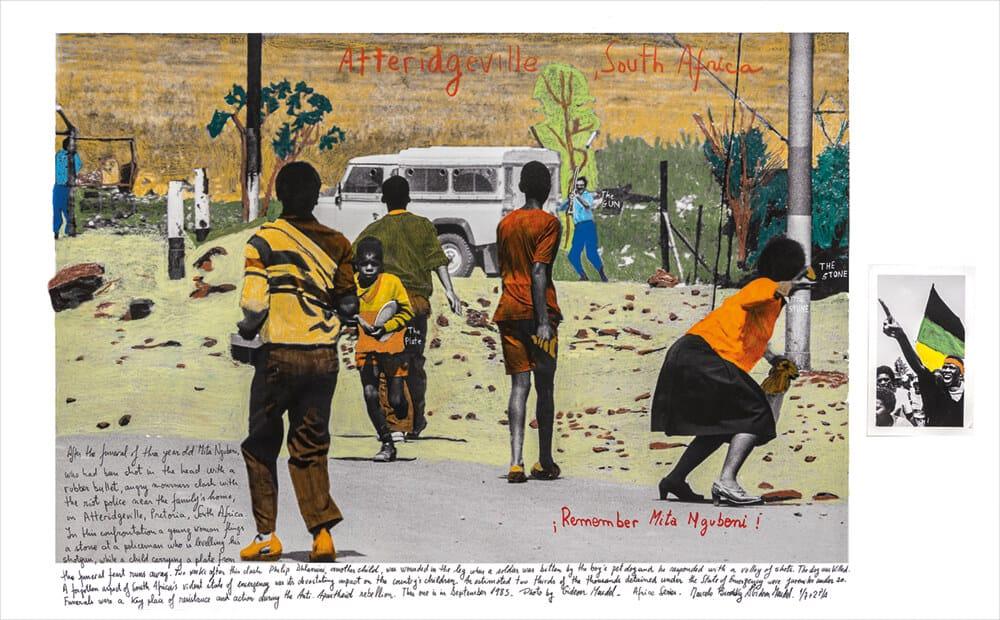 Marcelo Brodsky in Zusammenarbeit mit Gideon Mendel, Atteridgeville, Südafrika, 1985, 2018, Druck mit harter Pigmenttinte auf Hahnemühle-Papier, 65 x 100 cm. Alle Bilder mit freundlicher Genehmigung des Künstlers & ARTCO Gallery.