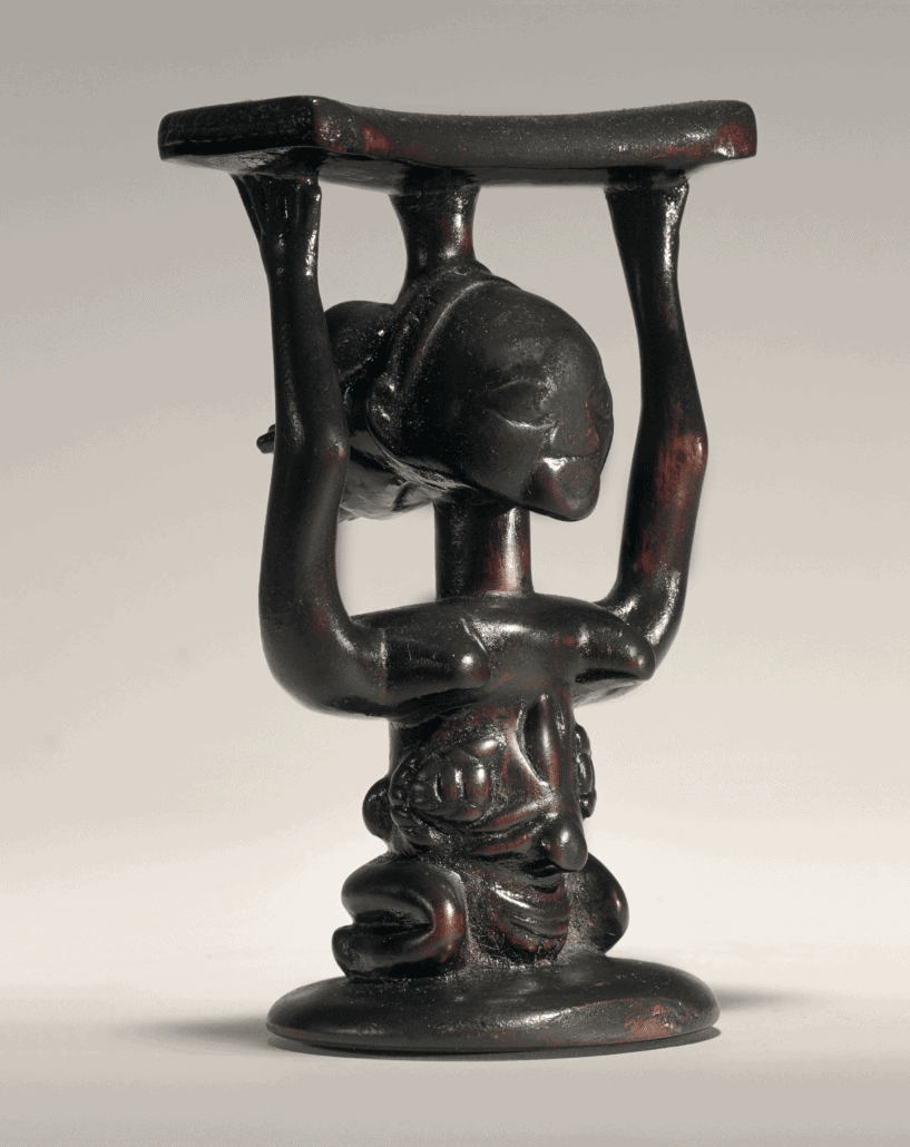 Luba Headrest, Democratic Republic of the Congo. © Paso Doble - studio Philippe de Formanoir
