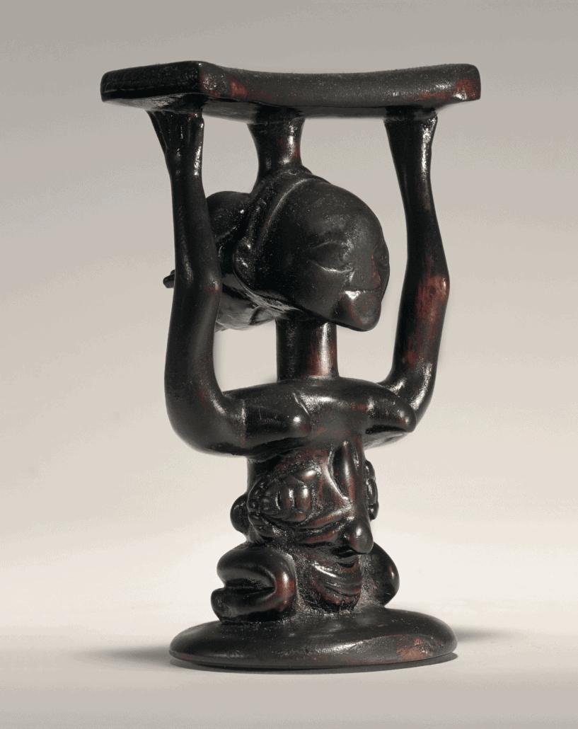 Luba Headrest, Democratic Republic of the Congo. © Paso Doble - studio Philippe de Formanoir