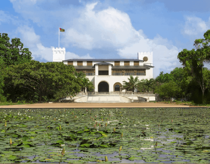 The fully-restored Palais de Lomé. Courtesy of the Palais de Lomé & the Togolese Republic.